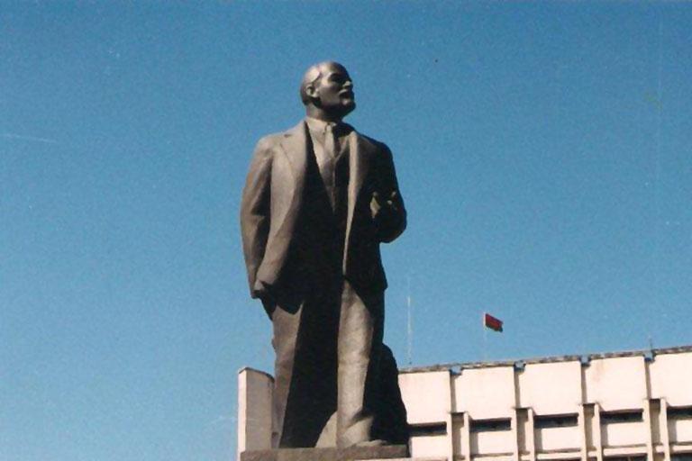 2014-07-28 Zycie prowincji czyli Lenin wiecznie zywy (2)
